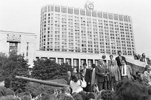 Boris_Yeltsin_19_August_1991-1